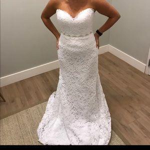 Stella York wedding dress. NWT